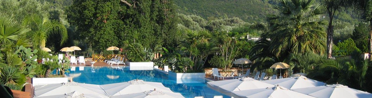 Residence con piscina Palinuro